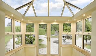 insulated pelmet in conservatory